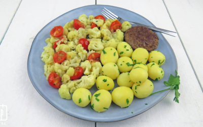 Rundertartaar met bloemkool, tomaat en krieltjes